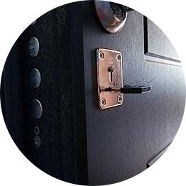 Установка замков на входные металлические двери
